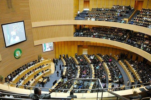 آفریقا باید زیر چتر حمایتی اتحادیه اروپا قرار گیرد