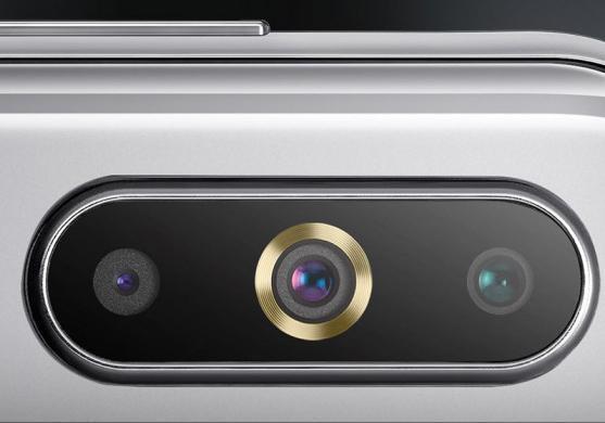 گوشی هوشمند Galaxy A8s سامسونگ 450 دلار قیمت گذاری شد