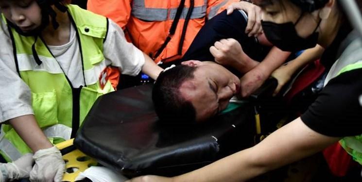 آشوبگران در هنگ کنگ خبرنگار چینی را گروگان گرفتند و کتک زدند