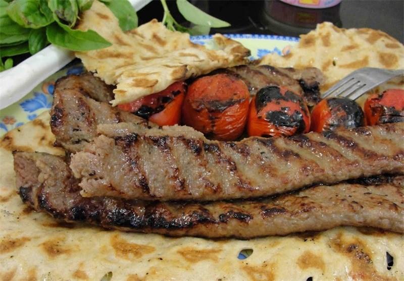 گردشگران خارجی از کباب خوردن در رستوران های ایران خسته شده اند