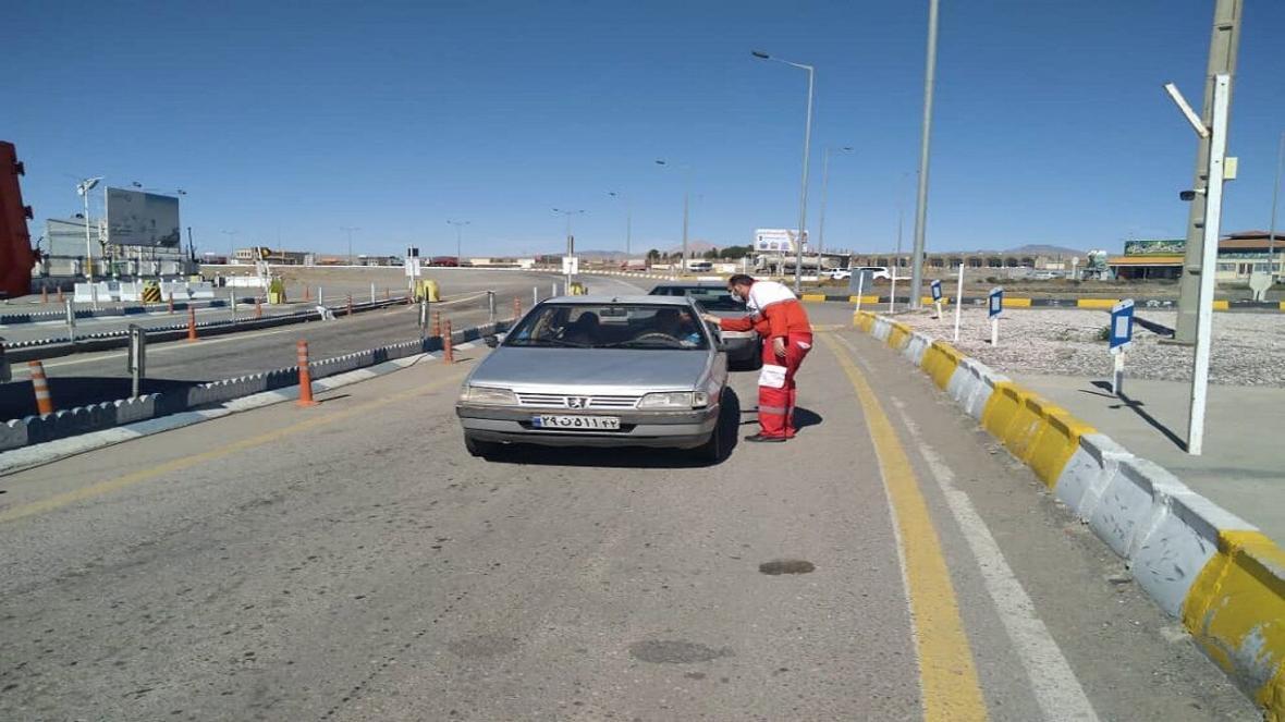 خبرنگاران ورود مسافر و خودرو غیر بومی به سقز ممنوع شد