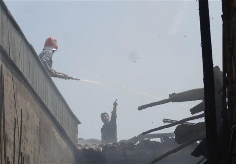 مهار آتش منزل مسکونی یک زوج کهنسال لاهیجانی