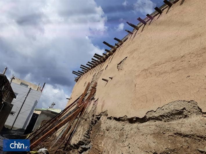 2 اثر تاریخی آسیب دیده از بازندگی اخیر در گلمکان چناران مرمت می گردد