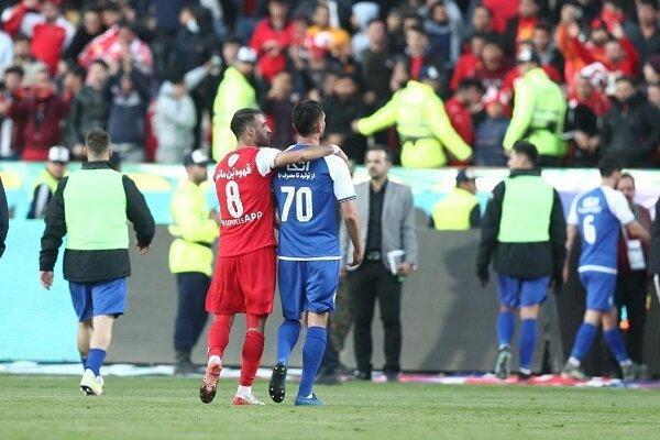 چرا فوتبالیست های تیم های ایرانی دستمزدهای خود را کاهش نداده اند؟