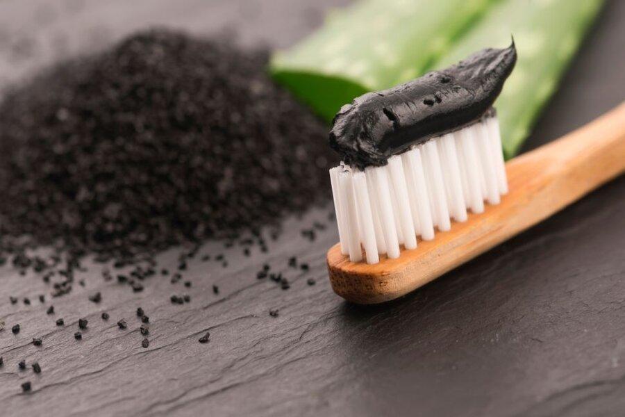 آیا خمیردندان زغالی واقعا دندان را سفید می کند؟