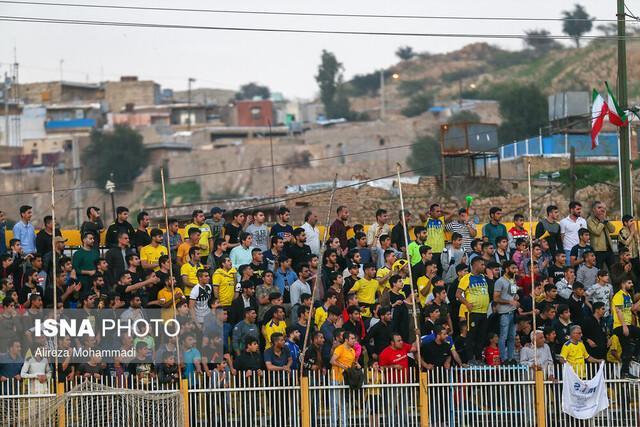 ملاقات نفت مسجدسلیمان - پرسپولیس با حضور تماشاگران!