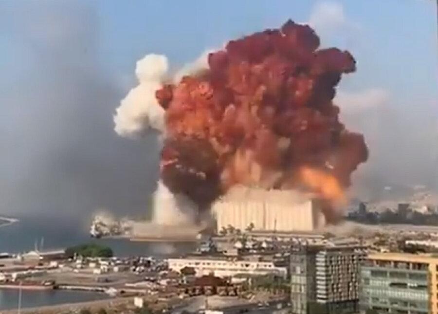 ویدئو ، لحظه انفجار عظیم در بیروت پایتخت لبنان