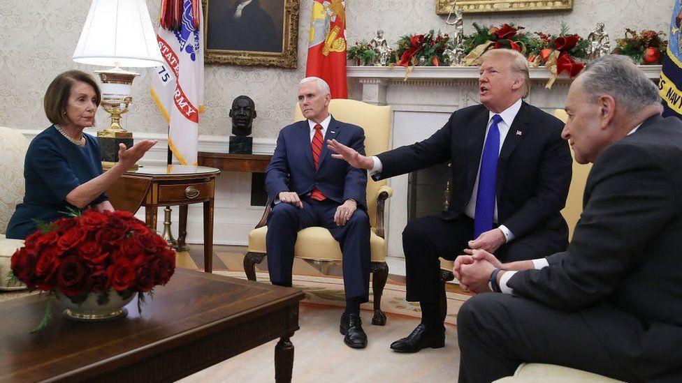 خبرنگاران ترامپ: پلوسی و شومر خواهان توافق با من هستند