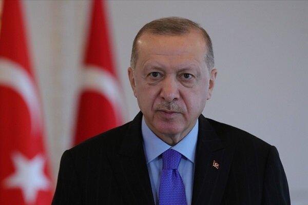 اردوغان: حضور کودتاگردان در کشور مدعی دموکراسی تناقض بزرگی است