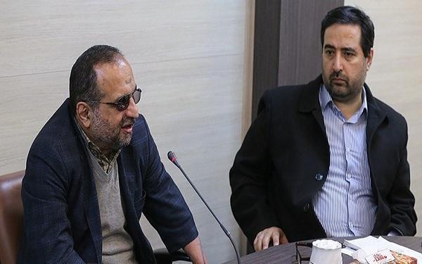 نشست خبری جبهه تحول خواستار انقلابی برگزار می گردد خبرنگاران