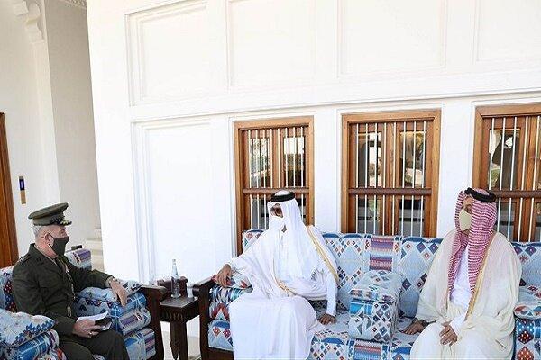 فرمانده تروریست های سنتکام با امیر قطر ملاقات کرد