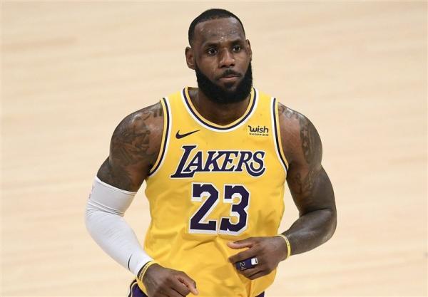لیگ NBA، جیمز دوباره مصدوم شد