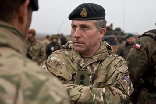 نیک کارتر: خروج ما ممکن است به جنگ داخلی در افغانستان منجر شود