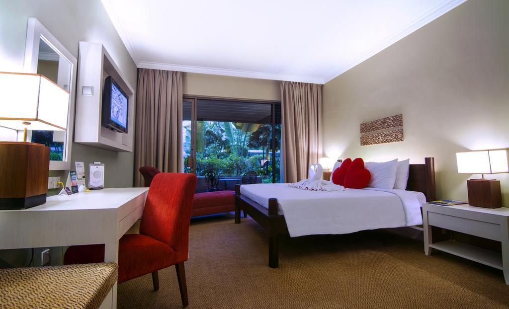 هتل کروس مالزی